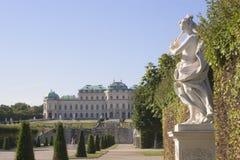 Belvedere van het kasteel in Wenen Stock Afbeeldingen