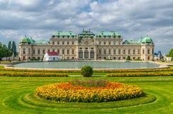 belvedere vienna royaltyfri bild