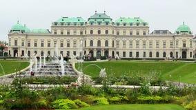 Belvederebrunnen Wiens Royal Palace, Touristenattraktionsplatz stock video