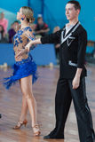 Belyavskiy Vladislav e Belan Dariya Perform Youth Latin-American Program Imagem de Stock Royalty Free