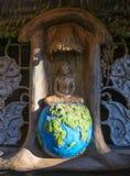Belysning av Buddha - fridsam mening Royaltyfri Bild