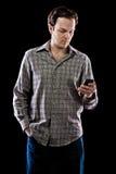 Bemannen Sie das Texting Stockfotografie