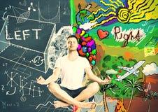 Bemannen Sie Meditation und das Denken an die linken und rechten Seiten des Menschen Stockbild