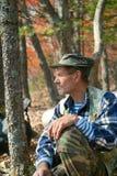 Bemannen Sie in Wald 10 Lizenzfreie Stockfotos