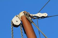 Bemasten Sie Boom Mizzen-Takelung eines Themse-Segelnlastkahnes lizenzfreies stockbild