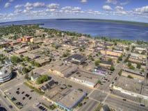 Bemidji ist eine Stadt in Mittel-Minnesota auf den Ufern von einem See mit dem gleichen Namen stockfotos