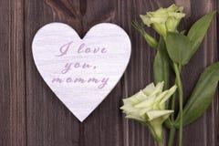 Bemuttern Sie ` s Tageskarte mit Text ich liebe dich Mama Stockfotos