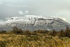 Ben Bulbin Co Sligo Irland fotografering för bildbyråer