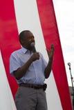 Ben Carson spricht vor einer US-Flagge, im August 2015 Stockbild