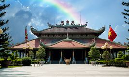 Ben Duoc tempel i CuChitunnelen, Vietnam arkivfoton