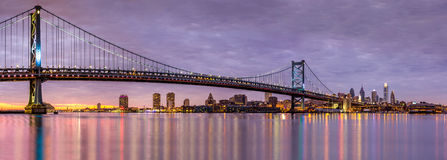 Ben Franklin bridge and Philadelphia skyline Stock Photos