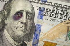 Ben Franklin de olhos pretos na nota de dólar do novo cem Foto de Stock Royalty Free