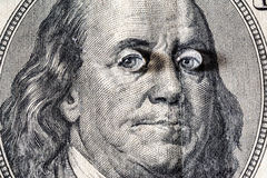Ben Franklin & x27; s gezicht met dalingen van water op ogen op de oude V.S. $100 dollarrekening Royalty-vrije Stock Afbeeldingen