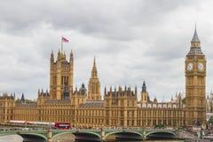 Ben grande y casas del parlamento Imagen de archivo