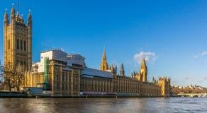 Ben grande y casas del parlamento Fotografía de archivo