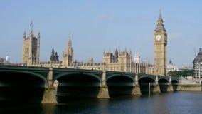 Ben grande y casas del parlamento en Londres almacen de metraje de vídeo