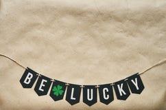 Ben het Gelukkige van letters voorzien van ambachtpatricks Royalty-vrije Stock Foto