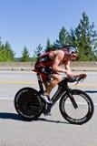 Ben Hoffman no evento do ciclismo de Alene Ironman do d de Coeur Fotos de Stock Royalty Free