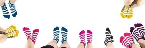 Ben i mode och moderna sockor Arkivfoton