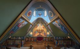 Ben Lomond, California - 24 de mayo de 2018: Interior de los santos Peter y Paul Antiochian Orthodox Church Fotos de archivo