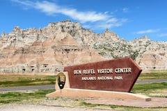 Ben Reifel Visitor Center Sign fotografering för bildbyråer