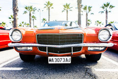Benalmadena,西班牙- 2015年6月21日:经典之作1972年雪佛兰Camaro正面图  免版税图库摄影