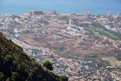BENALMADENA, ANDALUCIA/SPAIN - 7 JUILLET : Vue de bâti Calamorr image stock