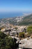 BENALMADENA, ANDALUCIA/SPAIN - 7. JULI: Ansicht vom Berg Calamorr stockfotos