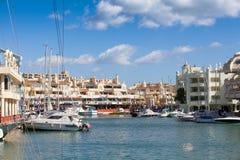 BENALMADENA HISZPANIA, MARZEC, - 5, 2016: Dokować łodzie przy Puerto Marina ukrywają w Benalmadena, Hiszpania Zdjęcia Stock