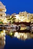 Benalmadena marina przy nocą Zdjęcia Royalty Free