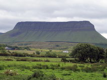 benbulben co ireland sligo Royaltyfri Fotografi