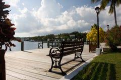 Bench auf Dock stockfoto