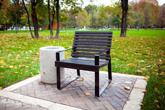 Bench in the autumn park Royalty Free Stock Photography