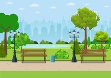Bench con l'albero e la lanterna nel parco Fotografia Stock
