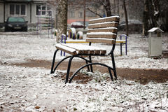 Bench the first snow Royalty Free Stock Photography