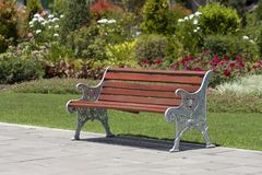 Bench and flower in park Royalty Free Stock Photography