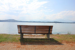 Bench in front of the lake Royalty Free Stock Photography