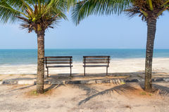 Bench near beach Royalty Free Stock Photos