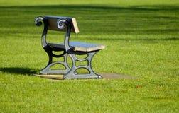 bench parken Royaltyfria Bilder