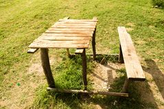 Bench with table in the park Royalty Free Stock Images