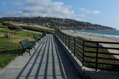 Free Benches At Miramar Park, Torrance State Beach, Los Angeles County, California Stock Images - 117345154