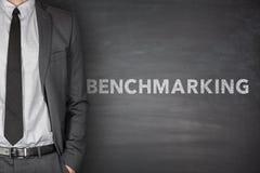 Benchmarkingtext auf schwarzer Tafel Lizenzfreies Stockfoto