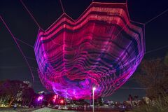 Free Bending Arc Sculpture By Janet Echelman Royalty Free Stock Image - 195438556