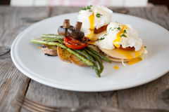 Benedict eggs with asparagus Stock Photography