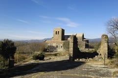 Benedictinekloster av Sant Pere de Casserres, Masies de Roda, Osona, Barcelona landskap, Catalonia, Spanien Royaltyfri Foto