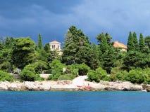 Benediktinerkloster auf Insel von Lokrum-Dubrovnik-Kroatien lizenzfreies stockfoto