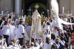 Benedizione con il sacramento benedetto all'estremità del corpus Chr Immagini Stock