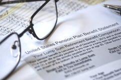 Benefício do plano de pensão, foco seletivo imagens de stock royalty free