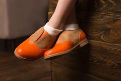 Benen in elegante schoenen Royalty-vrije Stock Afbeelding