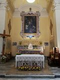 Benevento - Altaar van de kerk van Sant 'Anna stock afbeelding